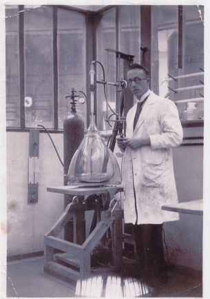 Owen Williams with a cathode ray tube apparatus