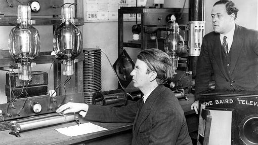 Baird and Ben Clapp with the transmitter used for transatlantic television