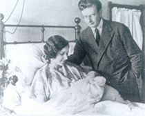 John Logie and Margaret Baird with their infant daughter. Diana